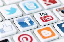 Pomoc drogowa social media