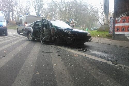 usuwanie pojazdów z miejsca wypadku